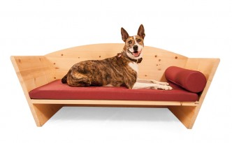 Hundebett aus Zirbenholz