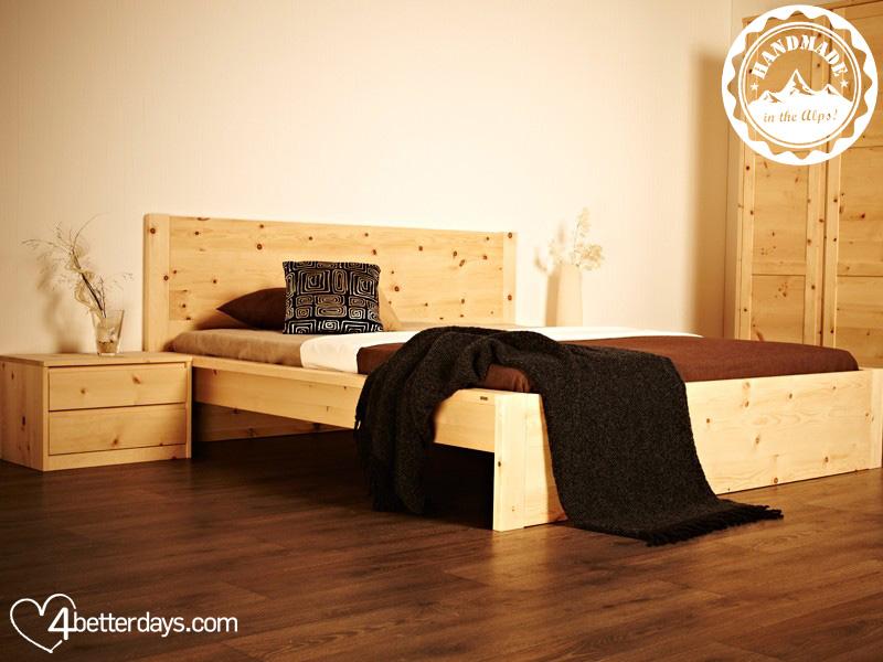 Schlafzimmer aus Zirbenholz: Herzerwärmend - 4betterdays.com