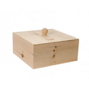 Auch Alltagsgegenstände aus Zirbenholz sind Teil eines neuen, besseren Lebens...